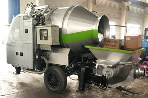 DHBT15 Diesel Engine Concrete Mixer with Pump in Russia